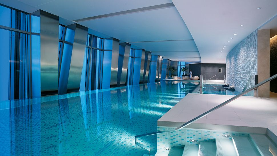 Image Gallery Luxury Hotel Pool